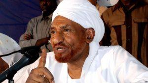 """مؤكداً العودة.. الصادق المهدي: """"الربيع السوداني"""" هو الرد على أي تعنت من النظام في حواره بأديس أبابا"""