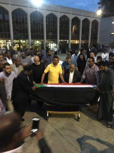 سودانيو لندن يودعون فاطمة أحمد إبراهيم ويرافقها 6 أشخاص يتقدمهم ابنها أحمد