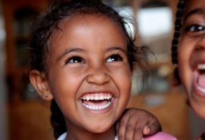 الابتسامة: شعاع تفوق سرعته سرعة الضوء (1-2)