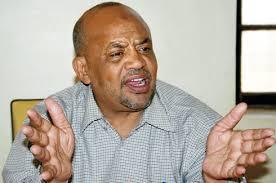 كمال عمر يعتذر لرئيس البرلمان ويطالبه باتباع طريقة جديدة في إدارة الجلسات
