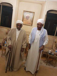 المهدي والميرغني يبحثان توحيد جهود الحزبين لحل مشاكل السودان