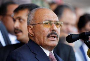 تطورات اليمن: علي صالح ينقلب على الحوثيين ويدعو إلى وحدة اليمنيين والحكومة اليمنية والسفير السعودي يرحبان