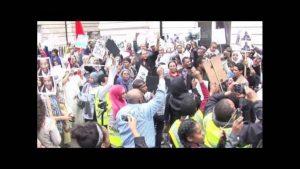سودانيو لندن يتظاهرون الثلاثاء ضد زيارة غندور ونواب بريطانيون ينتقدون جونسون
