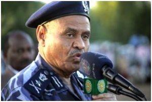 """وزير الداخلية: 37 بلاغاً في مواجهة تجار العملة """"خارج السودان"""""""