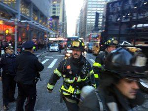 الشرطة الأميركية: انفجار في محطة حافلات بمانهاتن في نيويورك