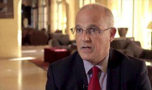 السفير البريطاني في الخرطوم مايكل أرون: اعتقال الحكومة معارضيها لا يحل الأزمة