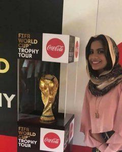 (كأس العالم) تصل إلى الخرطوم برفقة ممثلين للاتحاد الدولي لكرة القدم