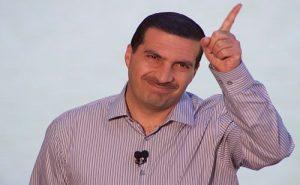 """دجاج عمرو خالد يجعل """"صلاة التراويح وقيام الليل أحلى"""""""