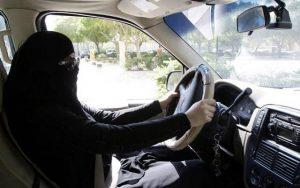 دراسة استطلاعية: تحولات في سوق العمل السعودي بعد السماح للمرأة بقيادة السيارة