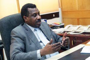 محافظ بنك السودان يؤكد انسياب عمليات التغذية النقدة للمصارف والصرافات الآلية