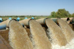 فصل موظف بديوان المراجع في ولاية نهر النيل كشف عن فساد في إدارة المياه شندي