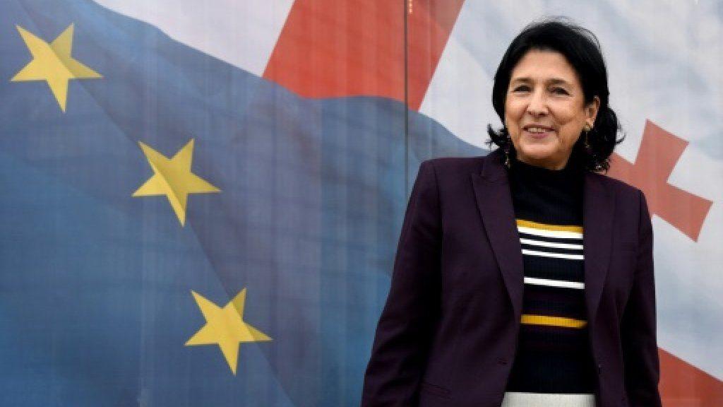 تنازلا عن جنسيتيهما المكتسبتين: الرئيسة الجورجية عن الفرنسية والرئيس العراقي عن البريطانية