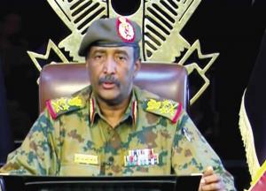 كباشي: مرسوم بتعيين مجلس السيادة من 11 عضواً والبرهان رئيساً