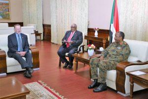 ما حصاد زيارة مساعد وزير الخارجية الأميريكي والمبعوث الخاص للخرطوم؟