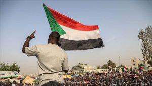قوى الحرية والتغيير: قررنا تعليق العصيان ووحدتنا وسلميتنا هما طريق الخلاص