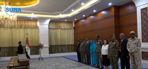 أعضاء مجلس السيادة السوداني يؤدون القسم