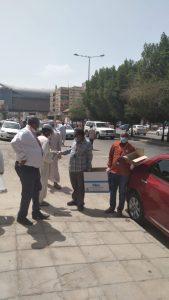 بدأ بشارع غبيرا.. الملتقى السوداني بالرياض يساهم في جهود درء كورونا بمعينات وقاية ونشرات توعوية