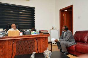 """نبيل أديب: سأكشف حقائق حادثة """"فض الاعتصام"""" في الخرطوم"""