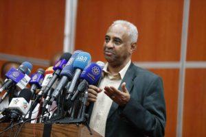 وزير الإعلام يكشف تفاصيل زيارة وفد رفيع للقاهرة
