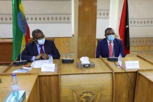 وزير خارجية إثيوبيا في الخرطوم لمؤازرة وتقديم الدعم للمنكوبين