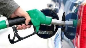"""""""حمدوك"""" يعلن عن إجراءات عاجلة لحل أزمة الوقود"""
