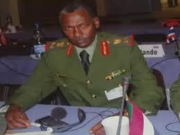 وزير الدفاع يبحث مع نائب القيادة العسكرية الاميركي سبل العلاقات العسكرية بين البلدين