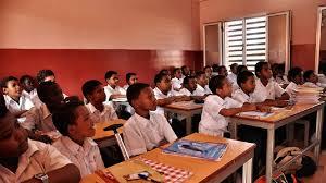 فرحة الاسر السودانية بنتيجة امتحانات الشهادة الثانوية … وترقب لفتح المدارس