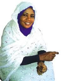 سوسن تاور كبيرة للمذيعين بالاذاعة السودانية