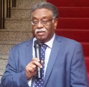 سفارة السودان بالرياض تناشد الجالية السودانية بالسعودية بالتحويل عبر المصارف