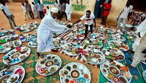 غيبته (كورونا ) العام الماضي …(ضرا رمضان) يعاود الحضور رغم الأزمة الاقتصادية