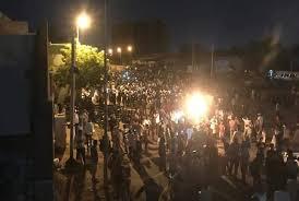 وضع جميع المتهمين بإطلاق النار على المتظاهرين قيد الإيقاف