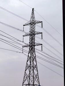 وزير الطاقة يؤكد استقرار أوضاع الكهرباء